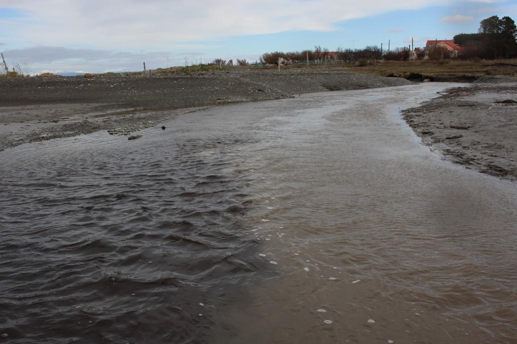 Río contaminado carbón